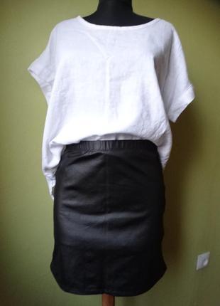 Мини юбка в кожаном стиле