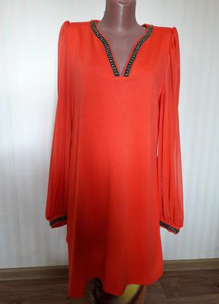 Яркое,  трикотажное платье,  рукава фонарь