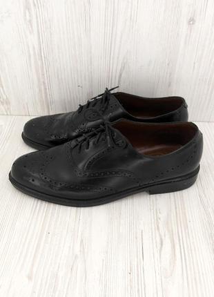 """Стильные кожаные туфли """"sainsbury's"""". размер uk9."""