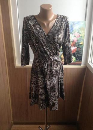 Красивейшее брендовое платье м-l