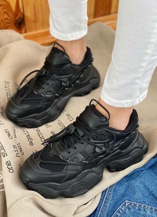 Женские кроссовки на массивной подошве6 фото