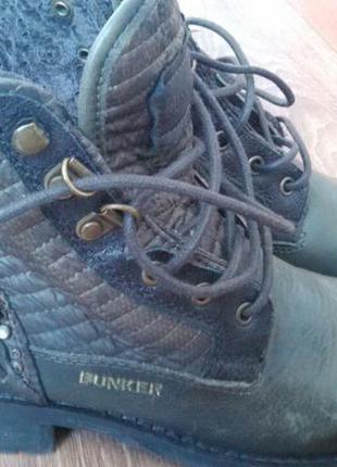 Женские ботинки bunker кожаные испанские 37 размера
