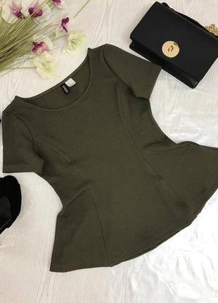 Блуза оливкового цвета из фактурной ткани