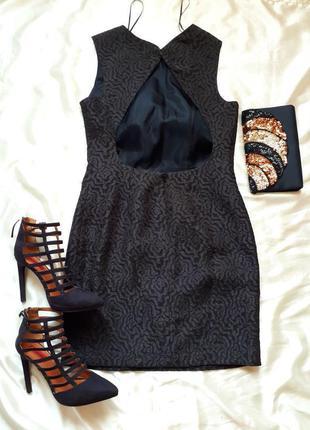 Много красивых платьев,,,платье с открытой спиной zara
