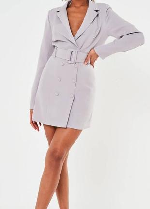 Трендовое платье -пиджак missguided