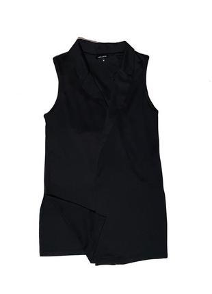 Удлинённый чёрный жилет с разрезами2 фото