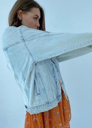 Джинсовка овеверсайз жіноча куртка новинка 20212 фото