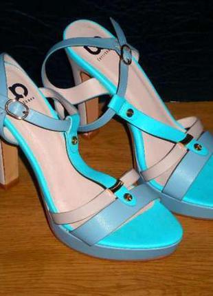 Босоножки, туфли, 37 р, 23 см, новые
