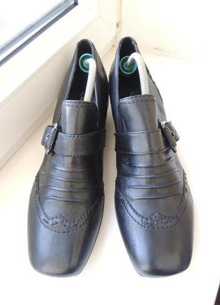 Новые стильные кожаные туфли брогги janet d. р.40 (26 см)