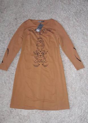 Кривенное нарядное платье, рр идет на 52 укр.