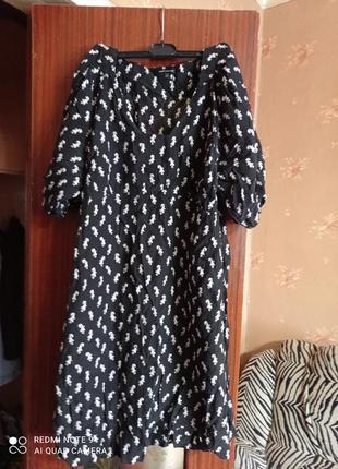 Платье-туника с модным принтом