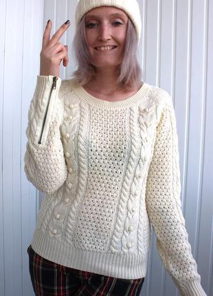 Свитер объемной вязки с косами и замочками на рукавах only
