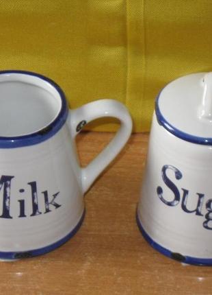 Набор сахарница с  ложечкой   и молочник. новый.