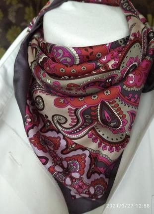 Шелковый шейный платок codello.