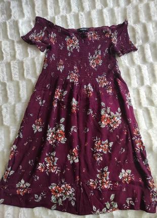 Короткие платье сарафан с открытыми плечами цветочный принт