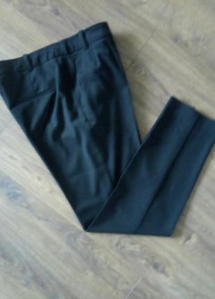 Чорні фірмові класичні завужені брюки по кісточку (next)