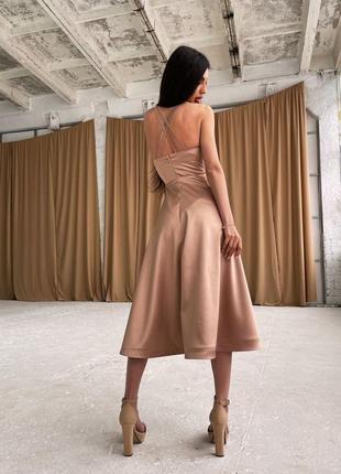 Платье-миди с корсетным верхом2 фото