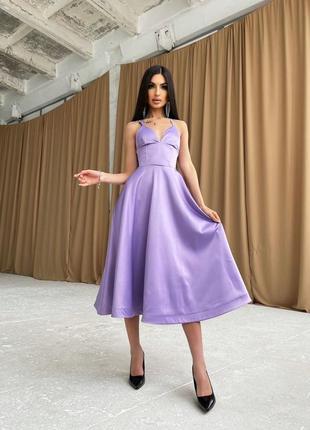 Платье-миди с корсетным верхом4 фото