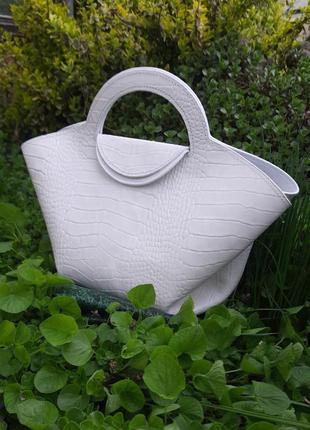 Летняя кожаная сумка тоут в винтажном стиле