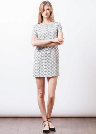 Шикарное платье в стиле zara