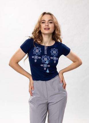 Женская футболка с вышивкой оберег2 фото