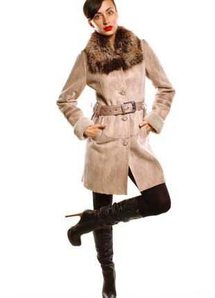 Молодежная дубленка с мехом чернобурки