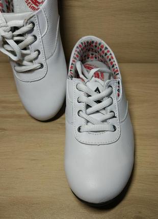 Распродажа! мягкие спортивные туфли. р.36 (35-34)