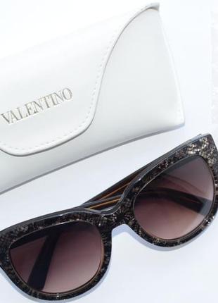 Женские солнцезащитные очки, окуляри valentino, оригинал.