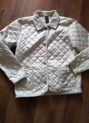 Стеганная летняя курточка gap