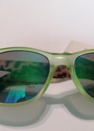 Зеркальные очки c&a
