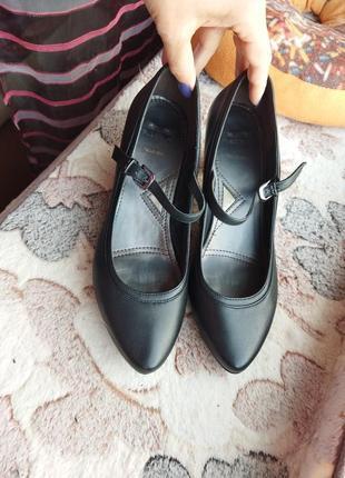 Кожаные туфли в отличном состоянии3 фото