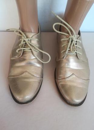 Туфли, лоферы, мокасины золотого цвета
