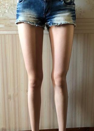 Джинсовые шорты (джинс)1 фото