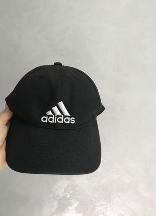 Adidas кепка1 фото
