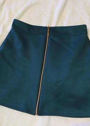 Замшевая юбка на молнии4 фото