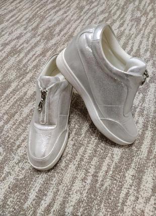 Женские сникерсы, кеды, туфли 37-38 размер1 фото