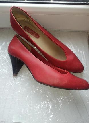 Красные женские туфли bandolino. италия1 фото