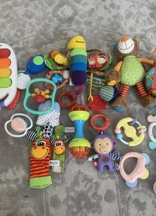 Набор игрушек хорошие все работают