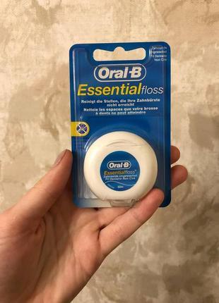 Зубна нитка oral-b floss