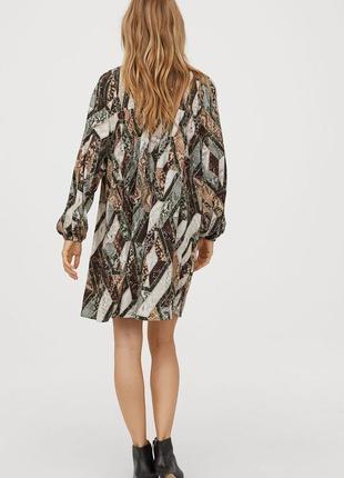 Шикарна сукня в зміїний принт з об'ємними рукавами від h&m4 фото