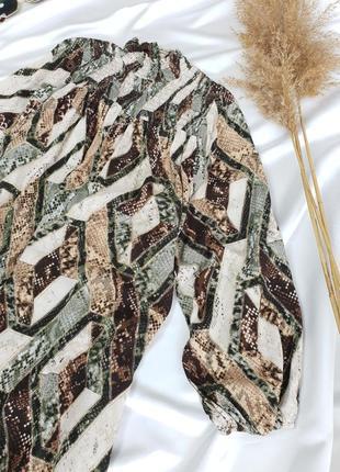 Шикарна сукня в зміїний принт з об'ємними рукавами від h&m8 фото