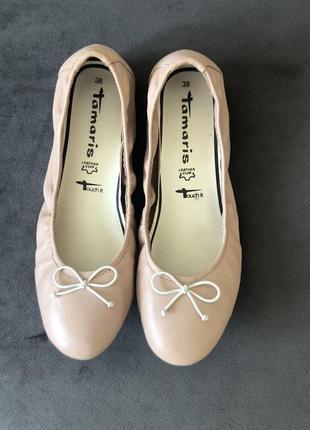 Кожаные нюдовый базовые балетки мокасины tamaris 38 24см3 фото