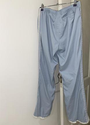 Штаны спортивные с лампасами голубые женские8 фото