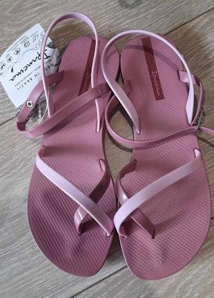 Женские  сандалии ipanema оригинал1 фото