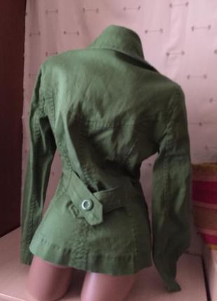 Короткое легкое пальто /2 фото