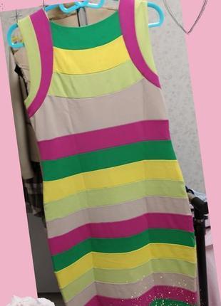 Очень/красивое/яркое/платье/футляр/betty barclay/l 🛍️1 фото