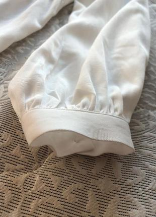 Красива, повітряна сукня на літо5 фото