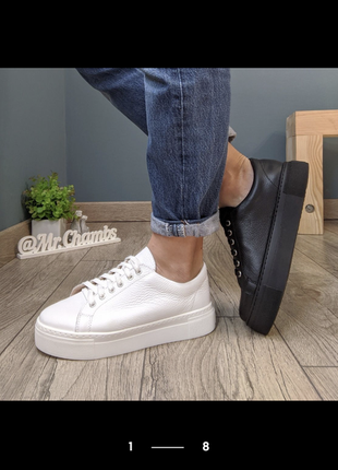 Красивые кожаные легкие кроссовки1 фото