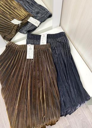 Шикарная золотистая и серебристая плиссированная юбка размер хс, с1 фото