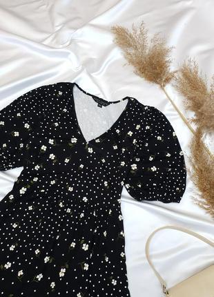 Неймовірно красива сукня в ніжний квітковий принт від dorothy perkins5 фото